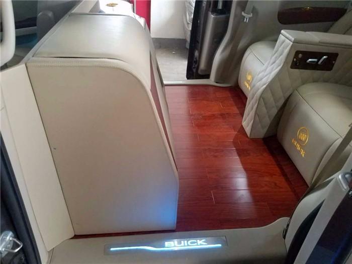 【图文】别克gl8改装航空座椅 别克gl8改装地板【汽车