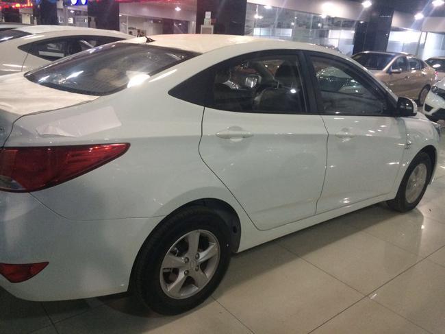 北京现代瑞纳 新款到店现车优惠促销 手续齐全销售全国高清图片