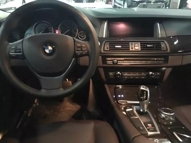 宝马5系现车热销 525豪华最低价格促销降价
