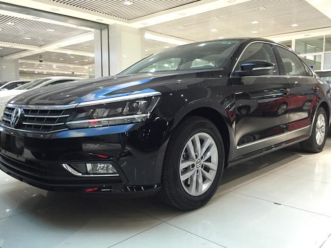 现车热销中;2016款上海大众帕萨特新款全系车型特价活动可优惠6