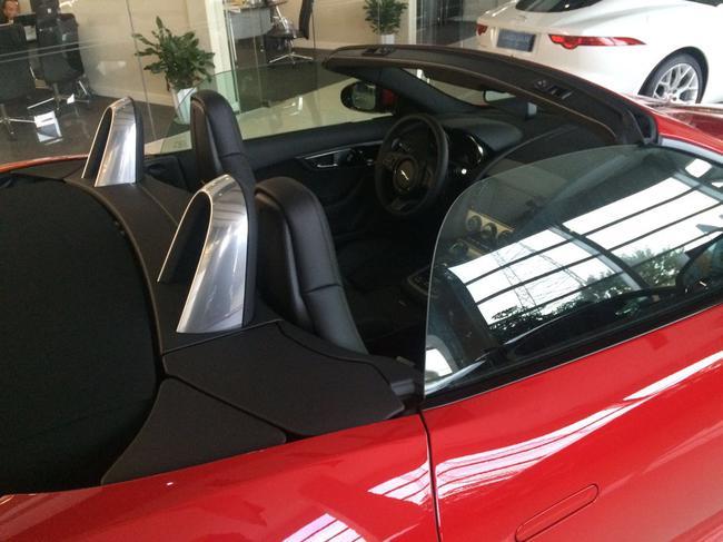 .基于F-TYPE S Coupe和敞篷版衍生而来-捷豹F type报价3.0T裸车多少高清图片