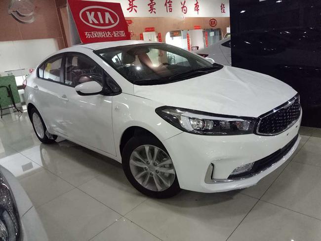 新款起亚K3最低价格2017款现车降价1.6L促销