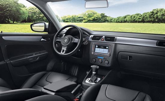 编辑点评:全新宝来在外观、内饰以及空间方面进行了诸多改进,全系换装EA211发动机提升了车辆的性能表现,同时也更省油,对于追求实用的消费者来说,全新宝来是一个不错的选择。 购车需须知:   一:购车需本人持身份证,   二:本店车辆均可销售外地,销售外地车辆免费出具临时牌照。   三:本店购车当天办齐新车所有手续,(合格证,发票,车辆信息表,一致性证书,保养手册,车辆使用说明书,全国维修保养通讯录,当天可开车回家),再本店活动推广期间购车的客户请保留好车票凭证,到本购车的客户均可报销路费,(两人单程)