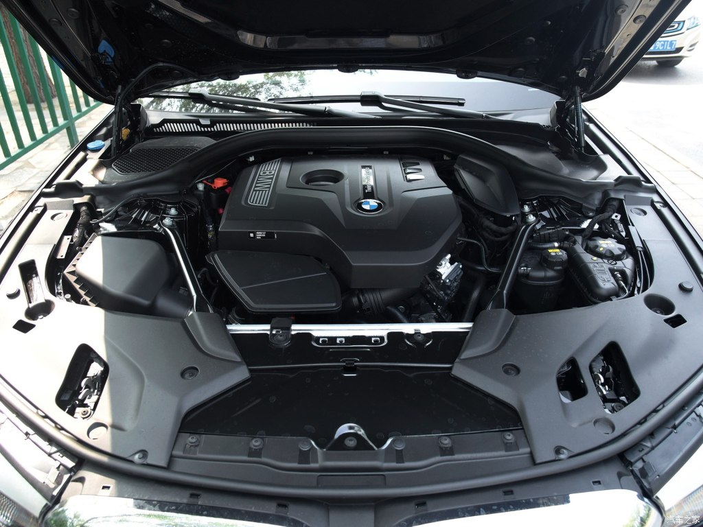 宝马5系2017款525li 豪华设计套装配置报价