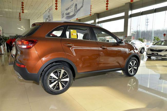 SUV起亚2017新款傲跑北京现车最低售价高清图片