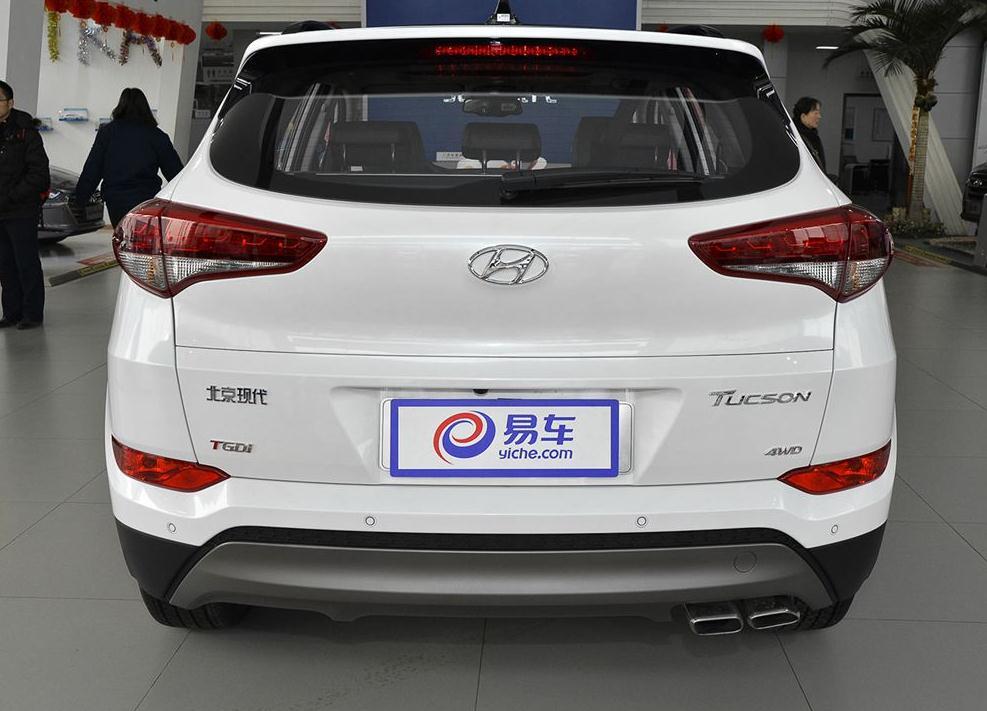 2017款北京现代途胜1.6t低配多少钱新款