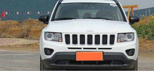 粉尘车jeep指南者最低价格进口吉普指南者四驱多少钱近日,编辑走访高清图片