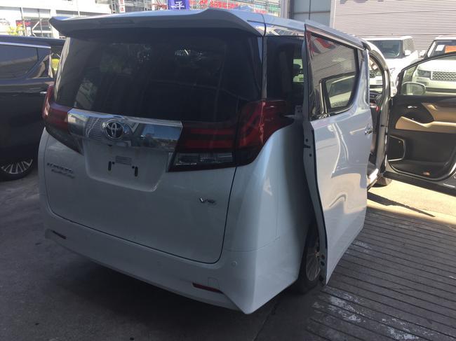 2016新款丰田埃尔法经典商务车现车报价高清图片
