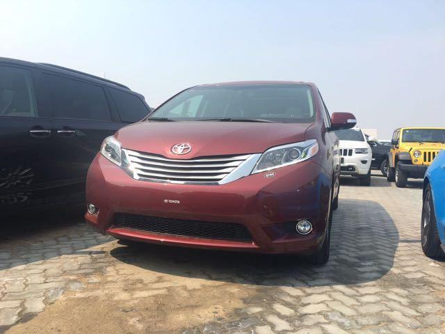 2017款加版丰田塞纳商务天津进口最新价格-天津港丰田塞纳进口七座