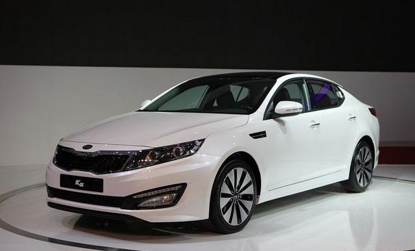 2016款东风悦达起亚K5 外观造型
