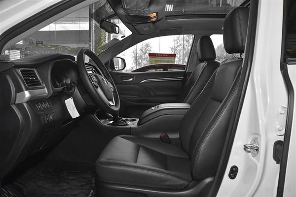 015款丰田汉拉达2.0T优惠降价 汉兰达裸车价多少高清图片