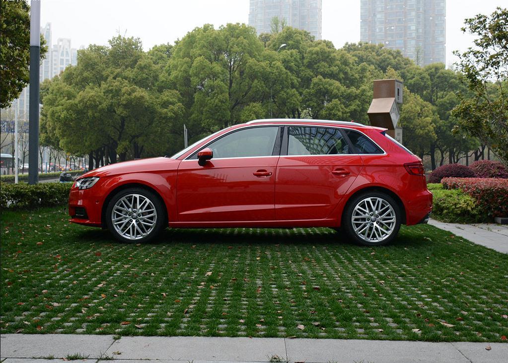 奥迪A3两厢1.4T促销降价特价现车1.8T三厢提车高清图片
