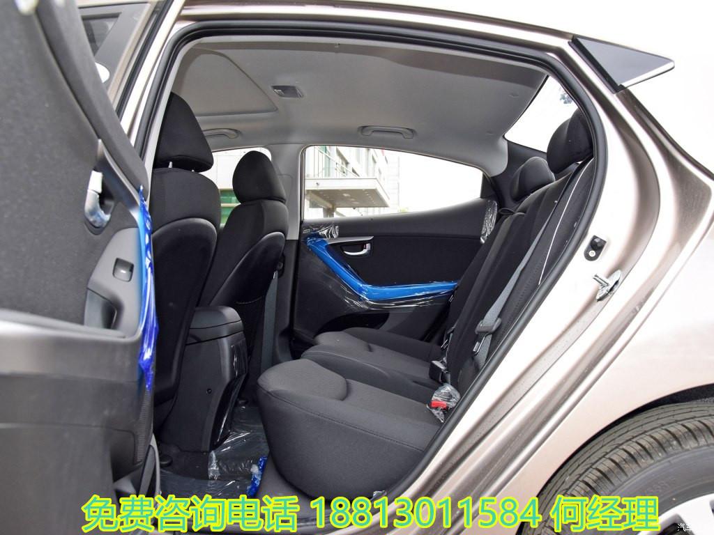全国销售热线 :18813011584 何经理 2016款朗动1.6DLXAT自动尊贵型以及2015款朗动1.6DLXAT自动尊贵型在舒适&便利方面配置均十分丰富,配备多功能方向盘、一键启动、智能钥匙、驾驶席防夹车窗等,尤其是外后视镜自动折叠/展开功能,在停车时更加方便。