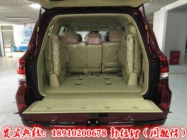 17款平行进口丰田酷路泽5700超大型SUV