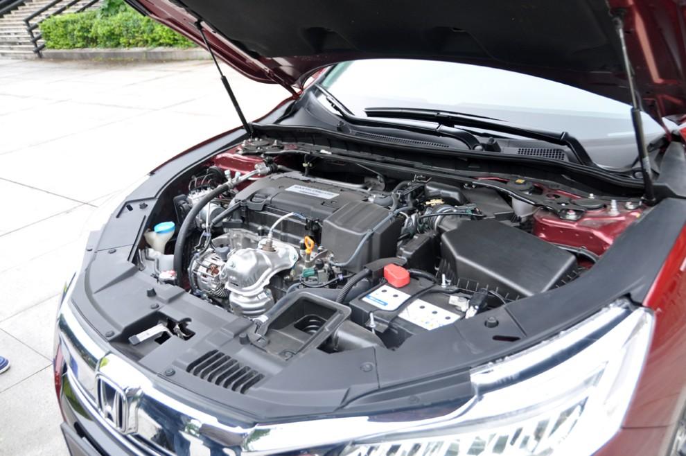 目前雅阁配备了三款发动机图片