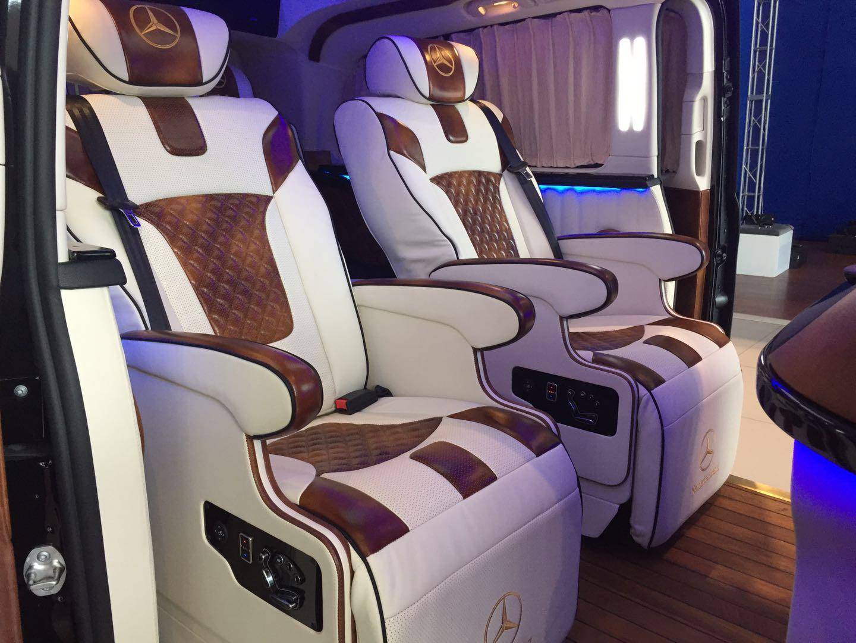 最美奔驰V260 V-CLASS 发售展厅现车