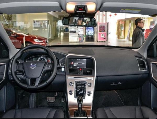 18款沃尔沃xc60现车报价沃尔沃xc60新款价格查询高清图片